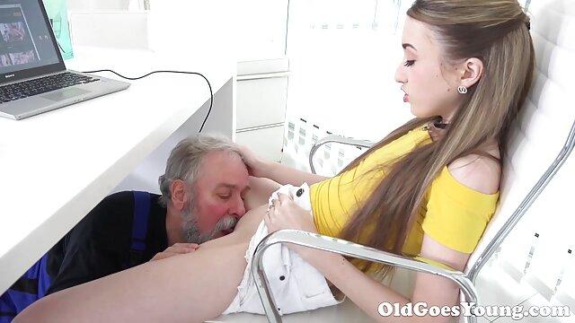سکسی نوجوان