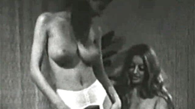دختر و شوهر سکسی در حال رابطه دانلود فیلم سوپر خارجی با لینک مستقیم جنسی
